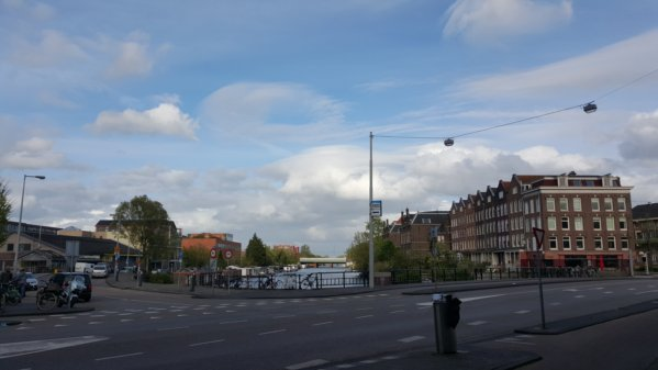 The canal which runs between my flat at Alexanderstraat and Langendijk, over on Zeeburgerstraat